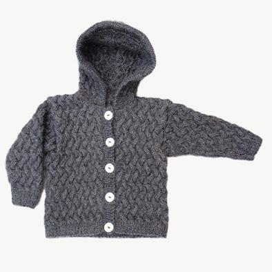 babytrøje med hætte strikkeopskrift